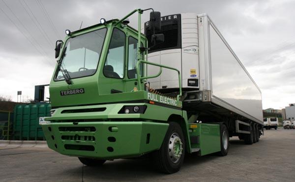 Terberg YT202 EV Electric Truck 0313 LoRes