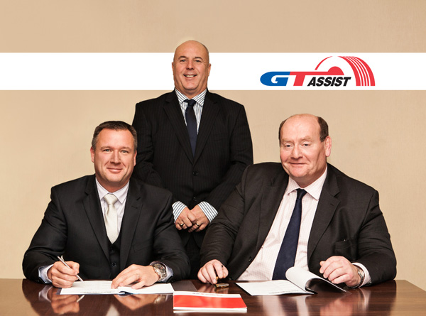 (L-R): Richard Lyons, Managing Director – Europe, GiTi Tire; Tony McHugh, Truck and Bus Sales and Marketing Director, GiTi Tire; Chris Comport, Commercial Director, Infleet.
